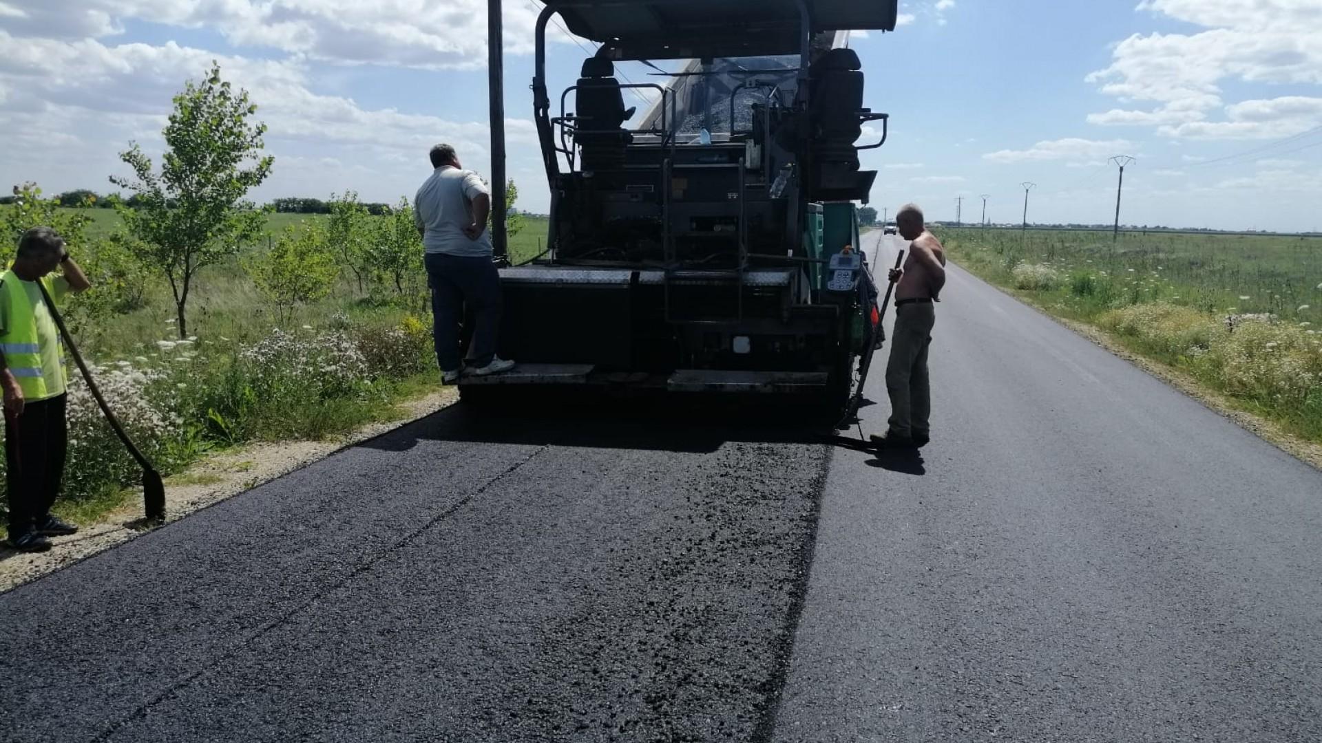 Sântana, înconjurată de asfalt nou dinspre toate intrările în oraș