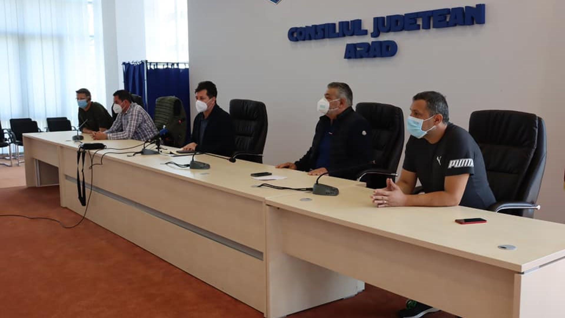 Arad: evoluția COVID-19 la nivelul județului și măsurile luate privind gestionarea pandemiei