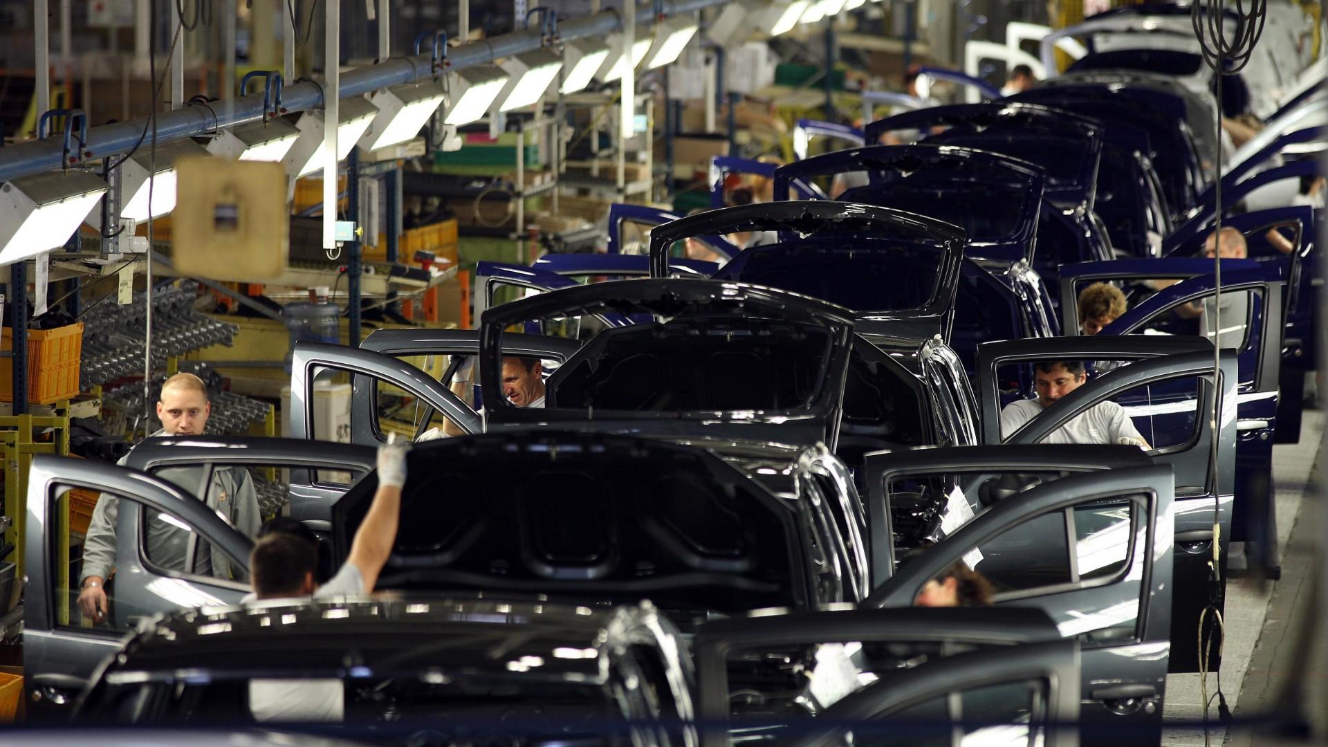 Compania Dacia Renault şi-a reluat activitatea
