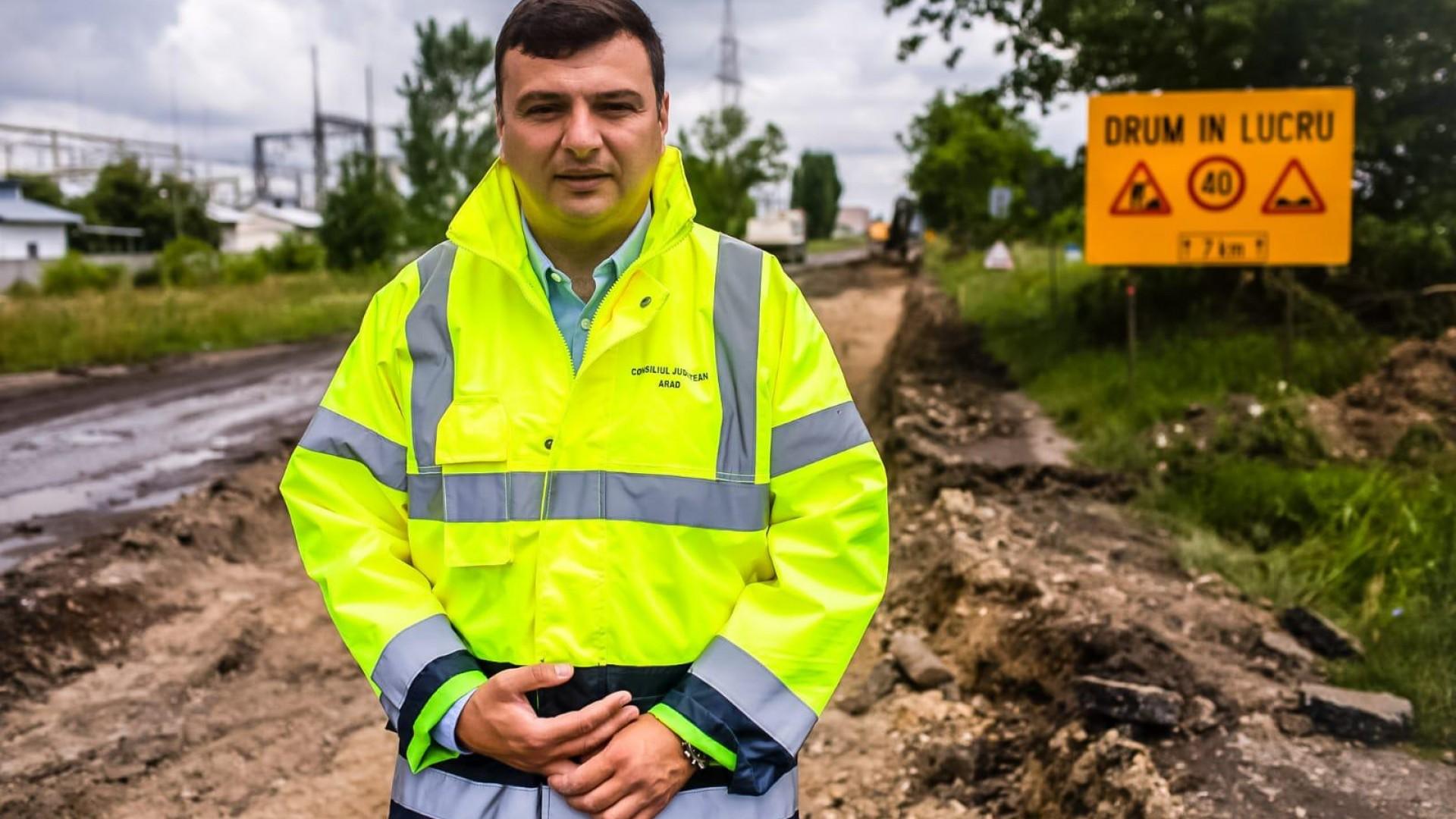 Sergiu Bîlcea: Se lucrează cu aproape 100 de oameni pe Arad-Șiria-Pâncota