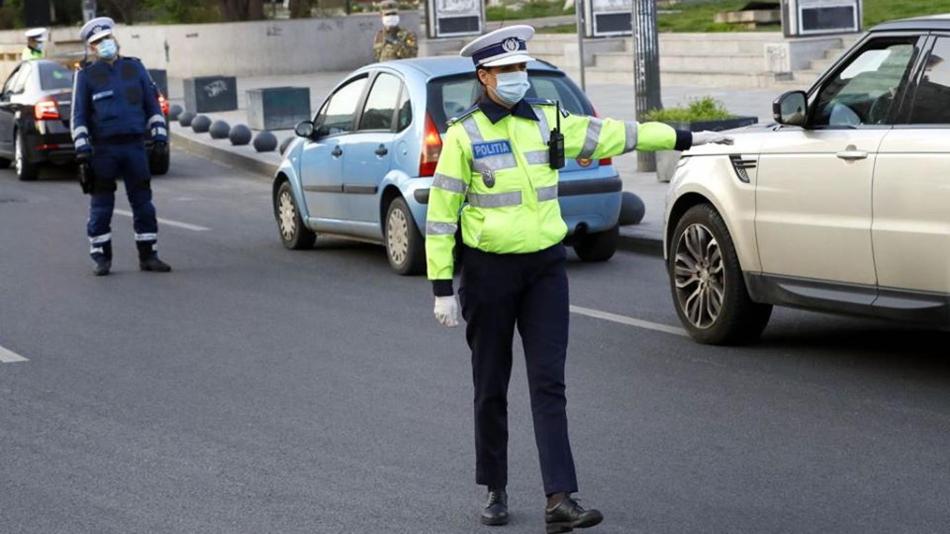 Verificări în stradă privind restricționarea circulației și pentru siguranța cetățenilor