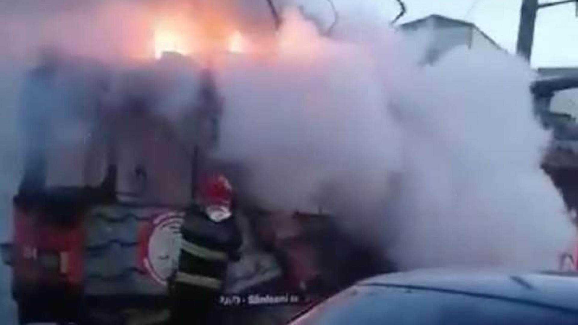 Arad: Un tramvai a luat foc în trafic  - nu au fost persoane rănite