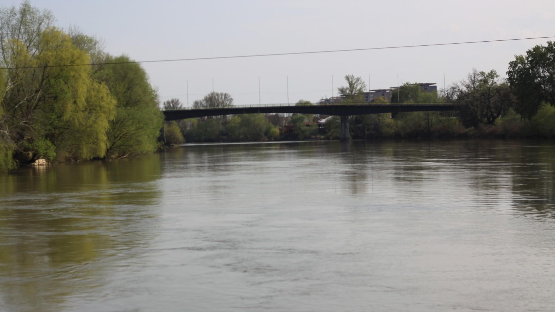 Se reiau lucrările la Podul Decebal