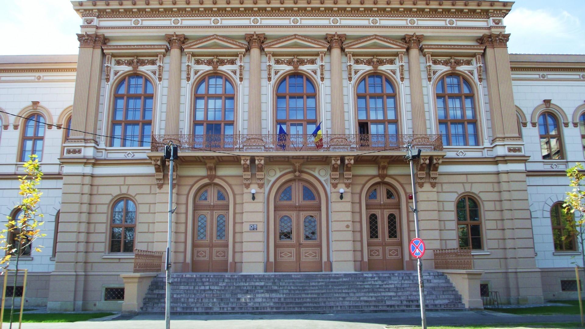 Știre falsă despre Colegiul Național Moise Nicoară Arad, dezmințită de conducere și ISJ